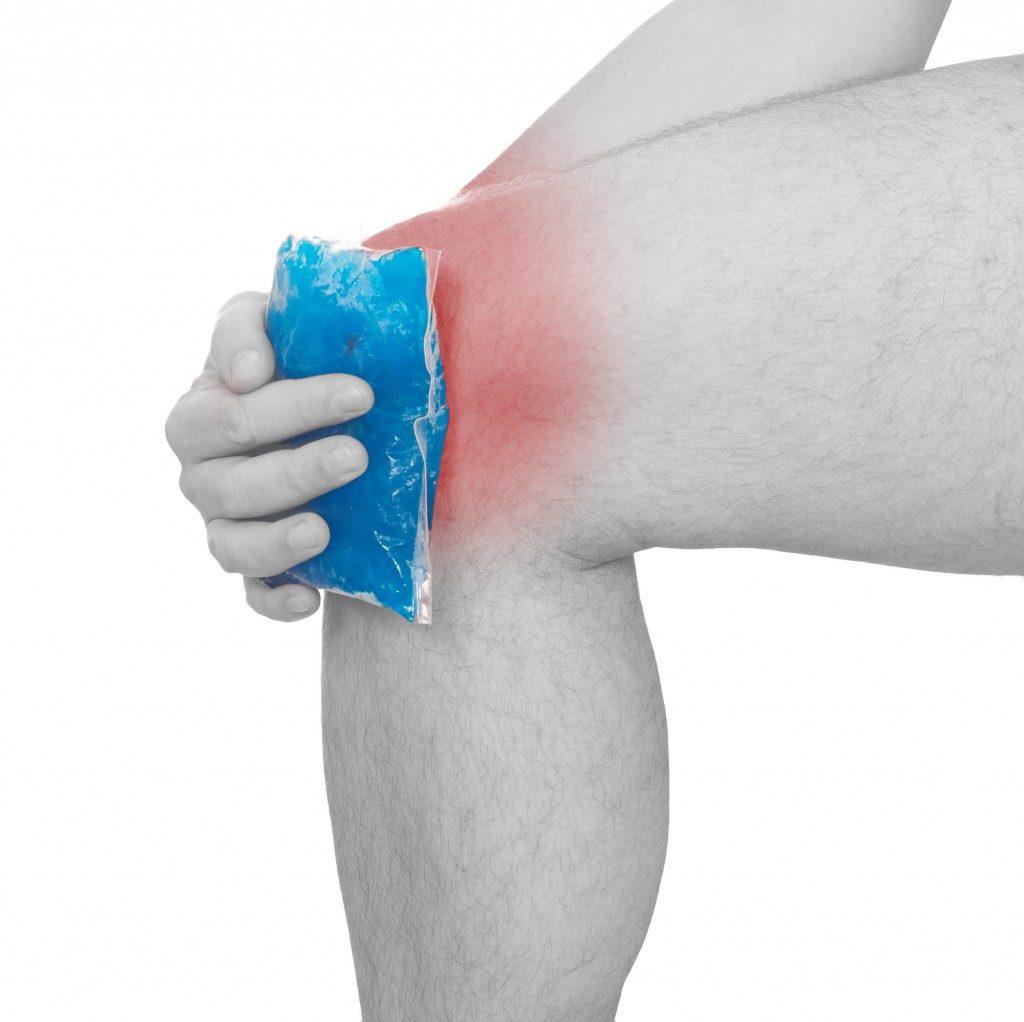 Cool gel pack on a swollen knee