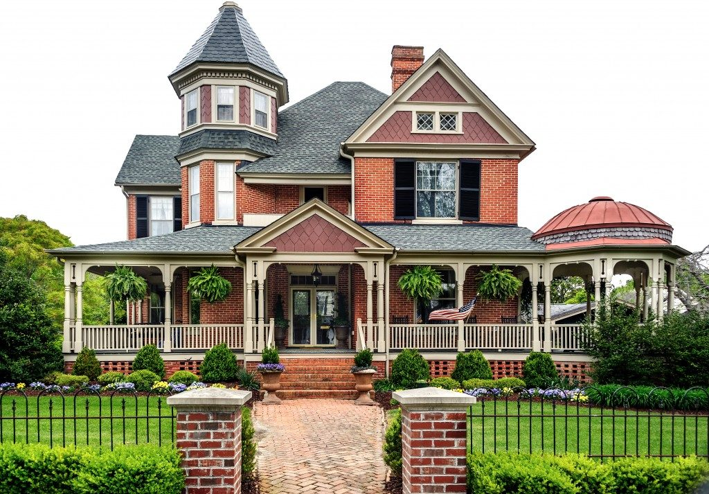 Victorian house with stone sidings