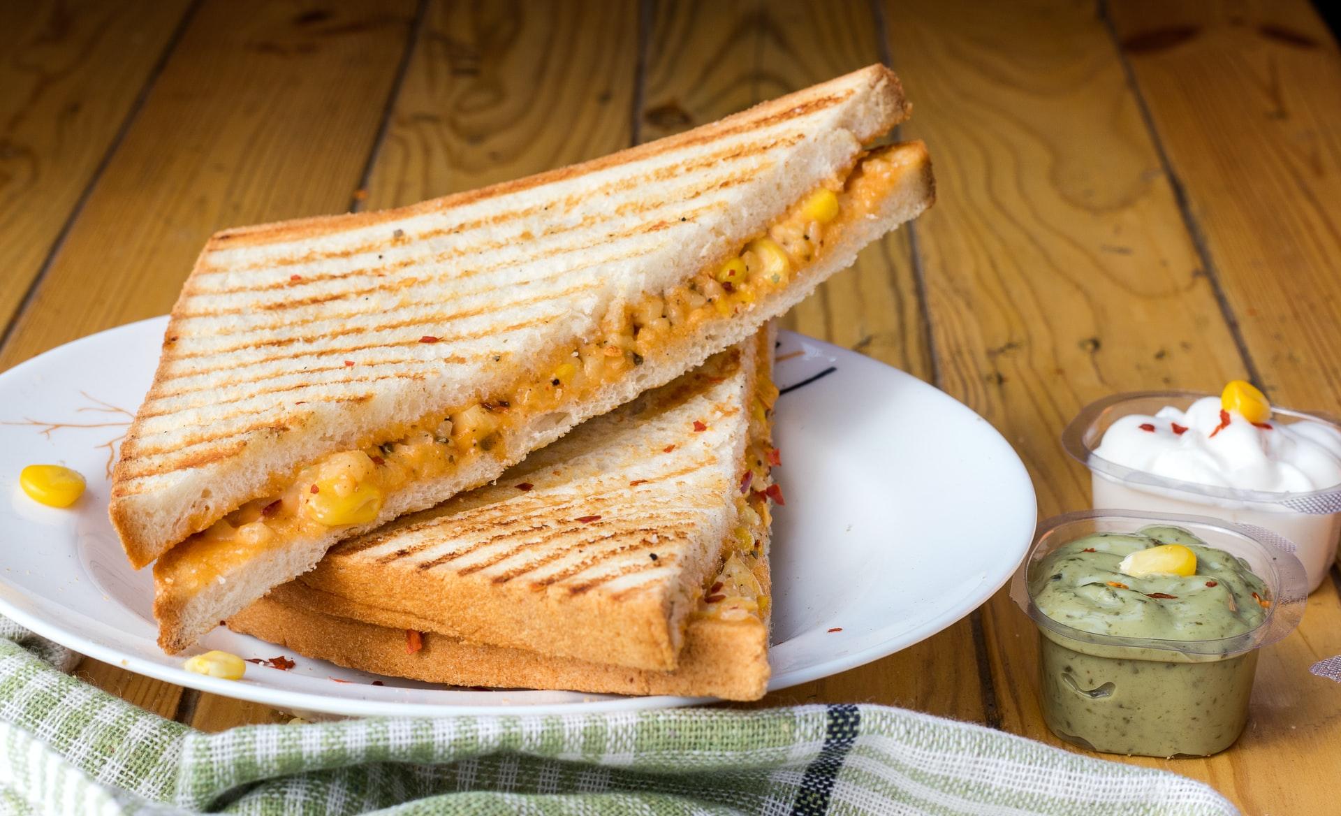 guacamole-sandwich