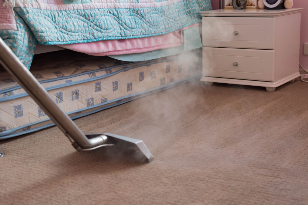 steam cleaning carpeted floor
