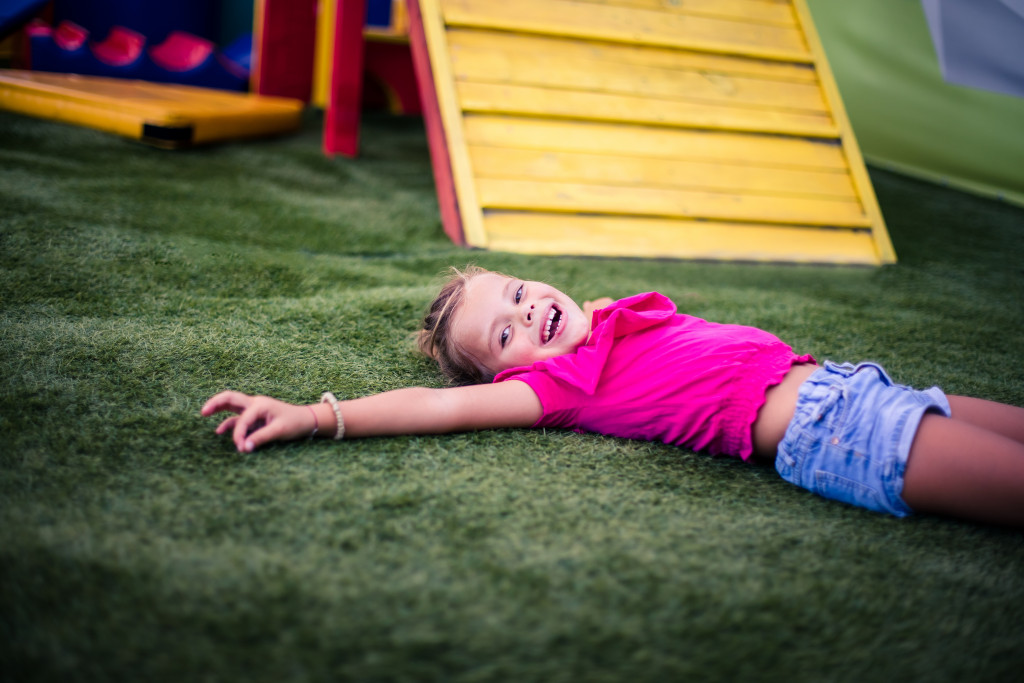 Family Activities: How to Make Indoor and Outdoor Obstacle Courses